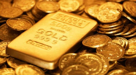 Gold prices continue to fall; tumble 12 per cent from record highs