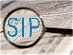 Pros & cons of free life insurance cover with SIPs
